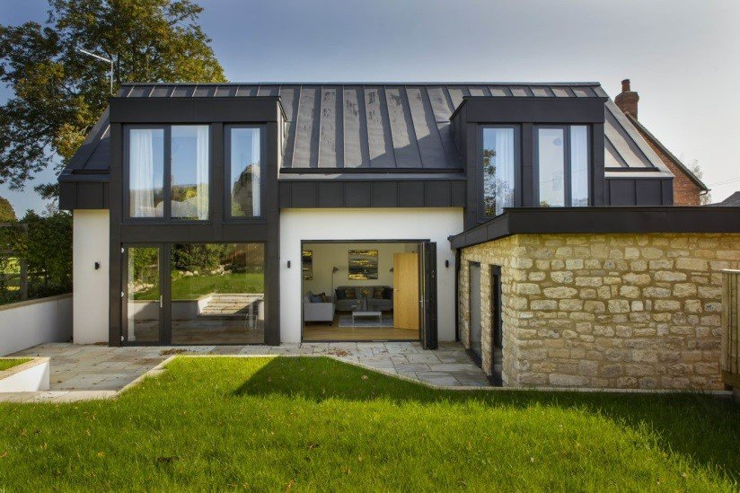 14 The Square: A modern two storey house in Long Crendon