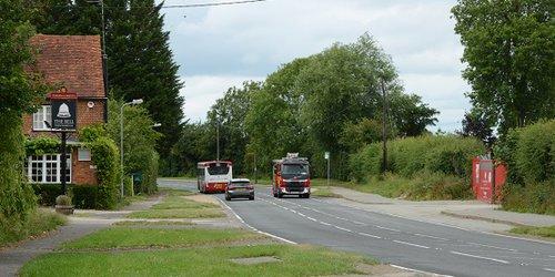 Lower Road, SM, new junction layout site long-shot twds Ayles DSC_0409